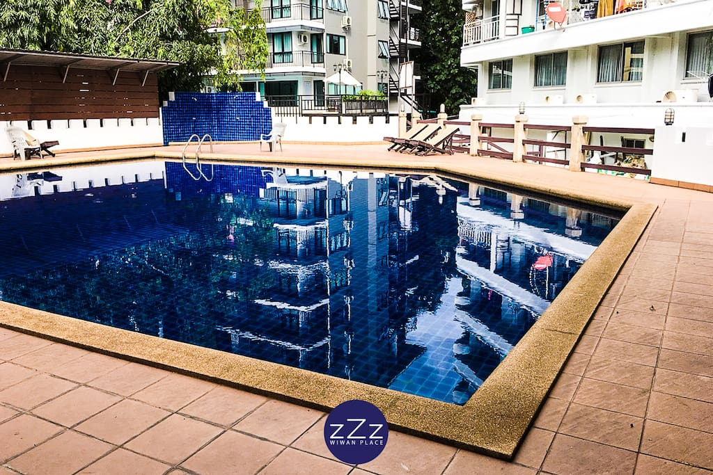 Free Swimming pool