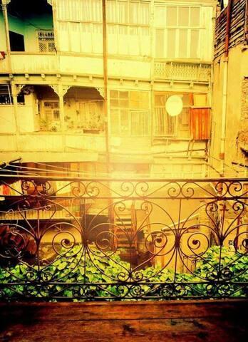 Cozy Studio with Balcony