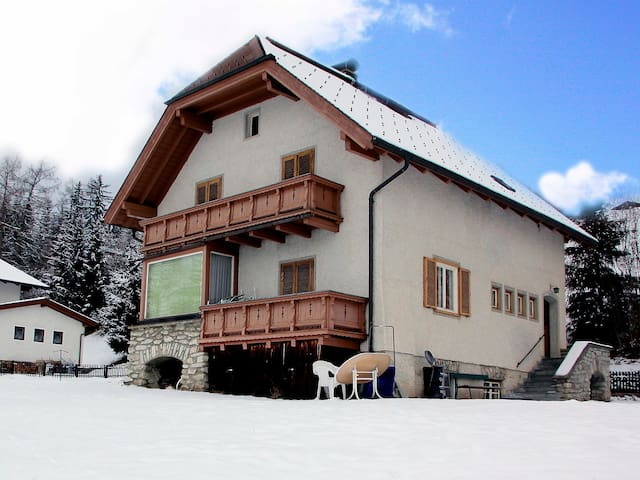 6-room house 150 m² in Mariapfarr