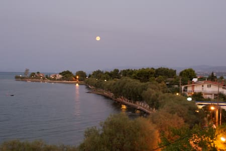 Seaside apartment in Avlida Beach - Paralia - Apartment