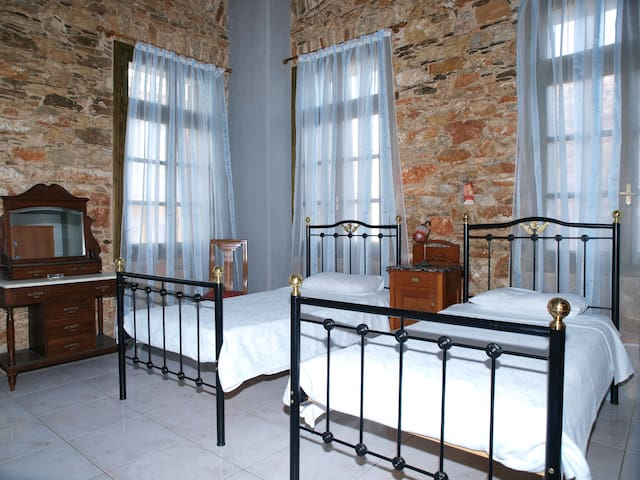 PRIVATE DOUBLE ROOM - Ermoupoli - Bed & Breakfast