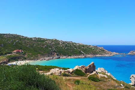 Casa S.Teresa Gallura vista Corsica - Santa Teresa Gallura - Stadswoning