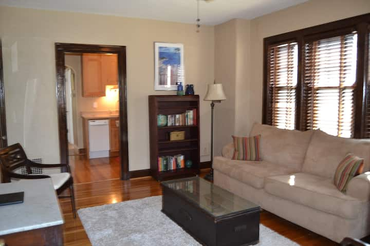 E2-Hyde Park/Mt Lookout Furnished 1 BR