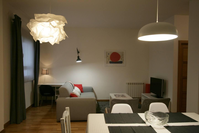 salón-comedor-cocina / living room- dining room -kitchen