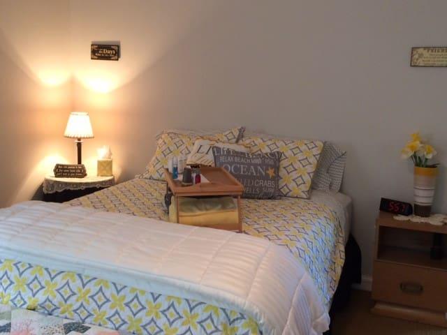 Get-a-way retreat in CDA Hills - Coeur d'Alene - Hus