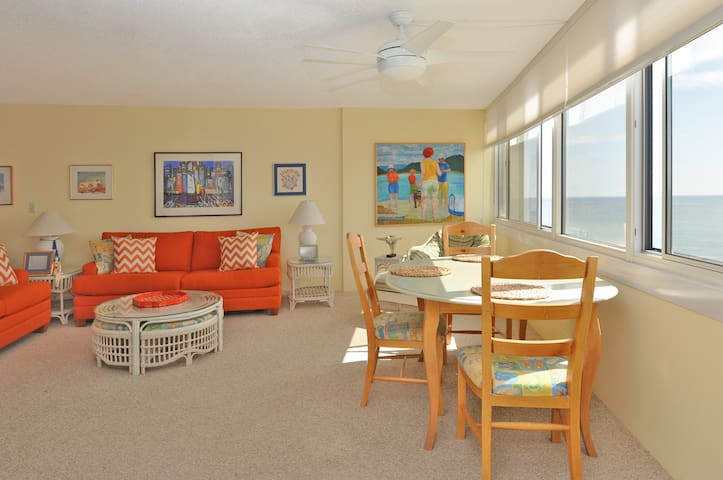 Sunny Beachfront Oasis  - Ocean City - Byt