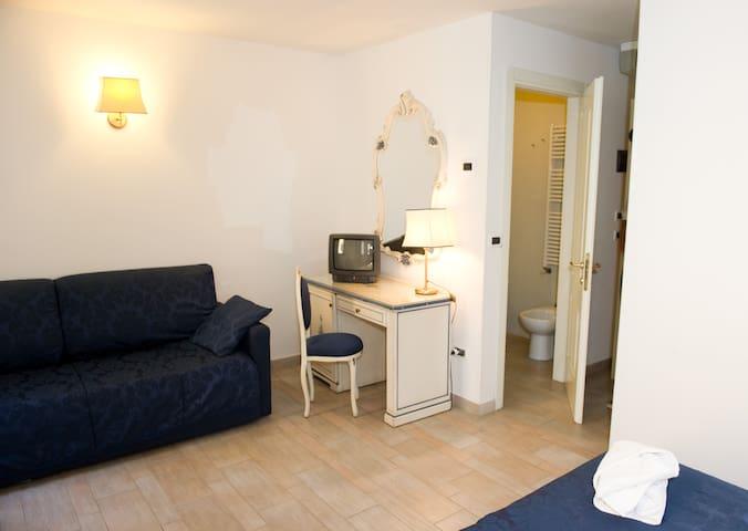 venetian style superior doubleroom  - Venesia - Lainnya