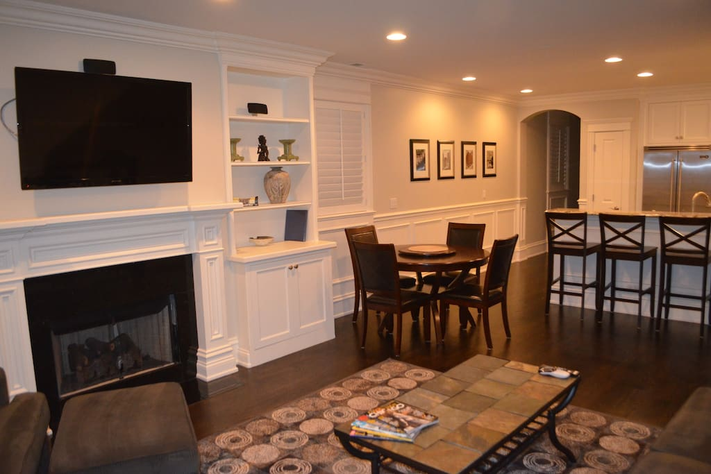 Wrigleyville lakeview luxury condo apartments for rent 4 bedroom apartments lakeview chicago