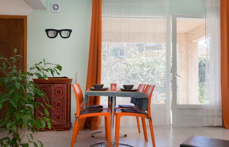 studio terrasse couverte vue mer - Furiani - Apartemen