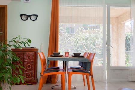 studio terrasse couverte vue mer - Furiani