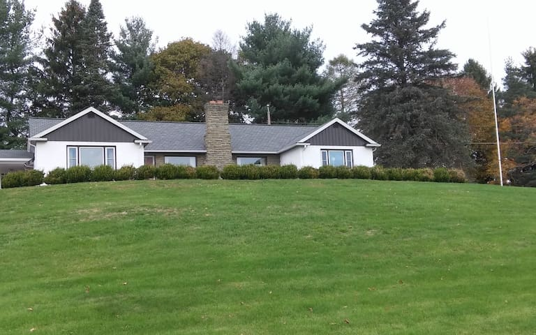 South Finger Lakes Whole House - Horseheads - Casa