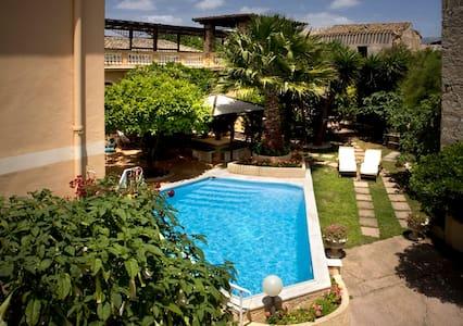 Sardinia: charmant vieux manoir - Appartement