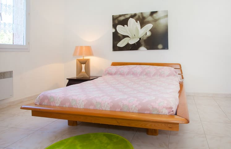 T2 spacieux, calme,mer - Furiani - Lägenhet