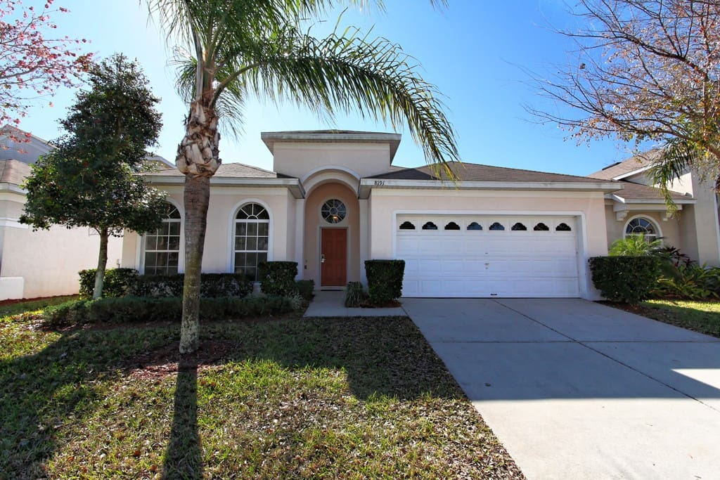 This budget-friendly vacation home is available for families who enjoy Orlando - and want value for money. Sable Palms is a 4 bedroom property on the Windsor Palms resort community, just 4 miles from Walt Disney World® Resort .