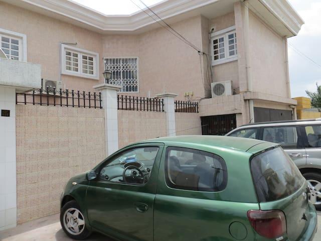 CONFORT,SECURITE,PROPRIETE - Abidjan - Departamento