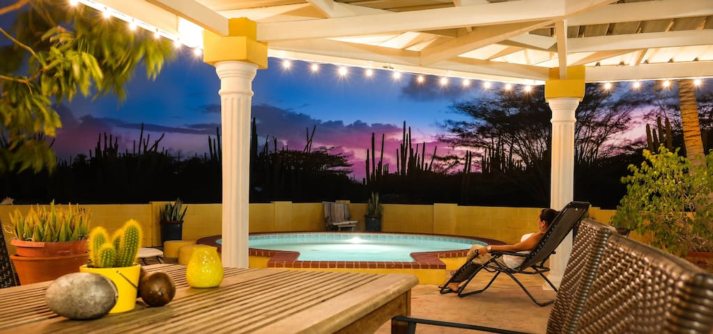 Yellow Escape Aruba Vacation Home - Santa Cruz - Hus