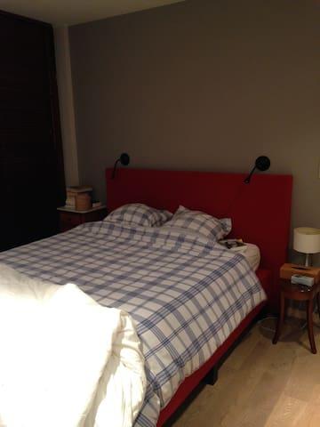 chambre double tout confort  - Genappe - Huis