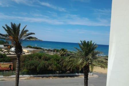 appartement mahdia  a 50 mètre de la mer, - Hiboun - Apartament