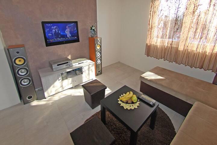 Franstal Apartment 2