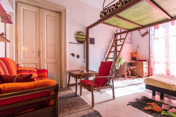 peculiar room in Porta Palazzo