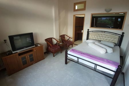feelhome stay - West Lombok Regency
