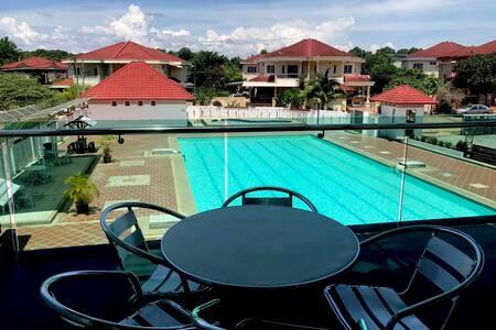 Impiana Recreation Club House w/ Swimming Pool