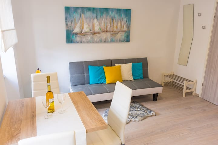 Apartment Katerina - Lovely Apartment in Center