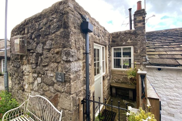 The Nook, a cosy, homely cottage with wood burner