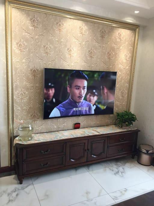 55寸曲面4K超高清智能电视