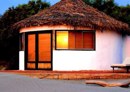 BUNGALOW MATRIMONIAL FRENTE AL MAR