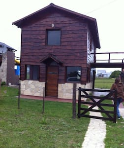 NEW FAMILY CABIN, WIFI, 300MTS TO THE SEA - Camet Norte