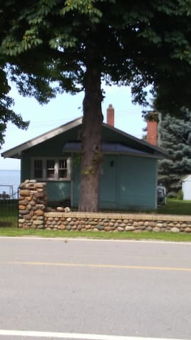 Port Hope Cottage with the million dollar view!!
