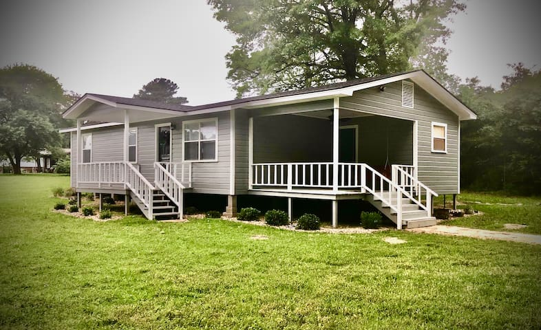Toledo Bend Lake House in Six Mile Community