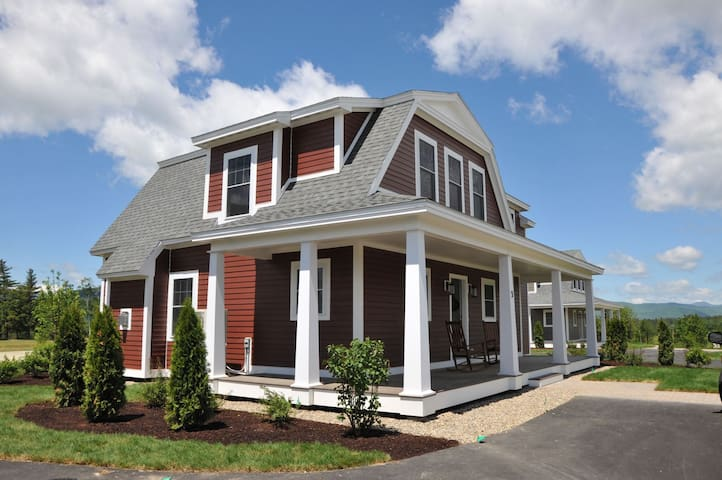 4 Bedroom Home at Owls Nest Resort minutes from Golfing Skiing and Hiking