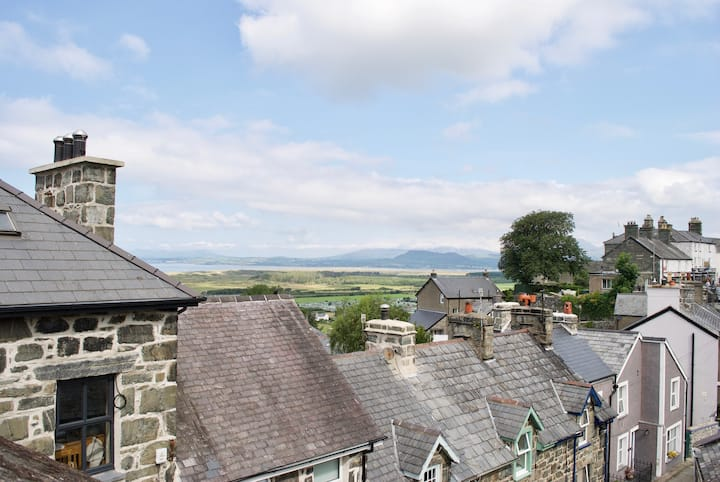 Cottage in the Heart of Harlech