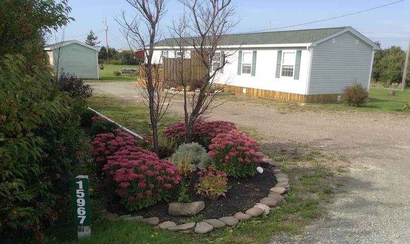 Trailview Cottage