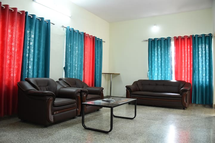 Fully furnished 3 bedroom villa - Mysuru - Villa