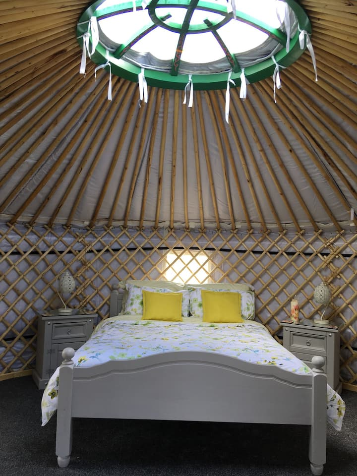 Glamping in a cosy Donegal Yurt