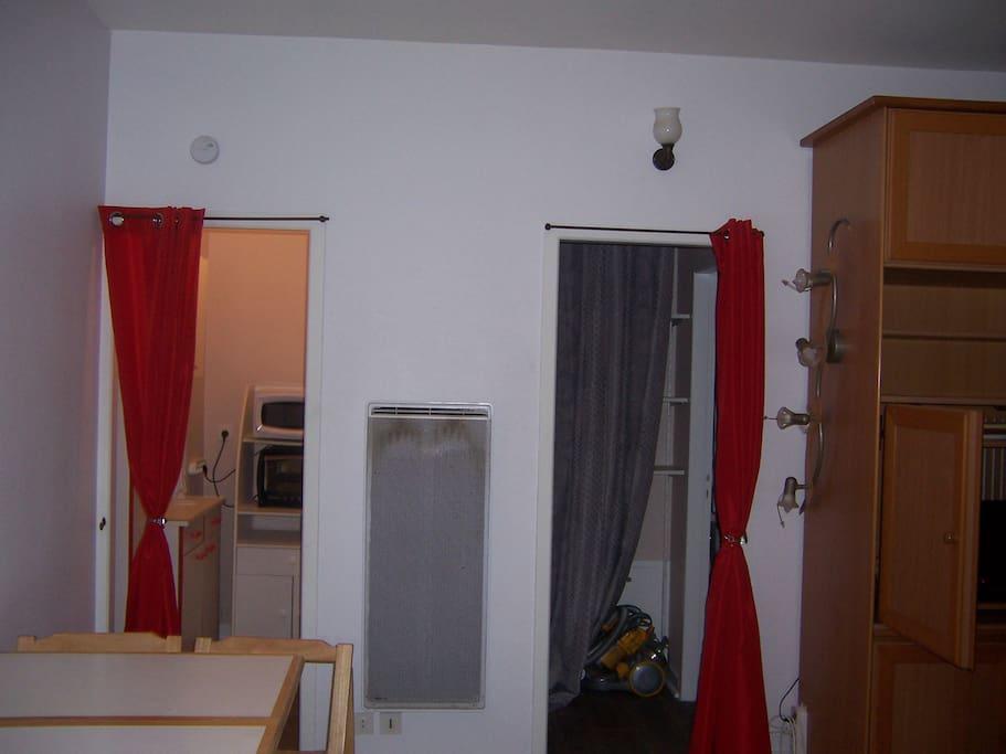 studio meubl appartements louer vichy auvergne france. Black Bedroom Furniture Sets. Home Design Ideas