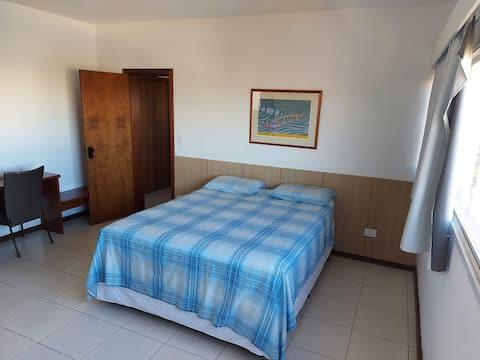 Wohnung 2 Zimmer mit Hausmädchenservice/Housekeeping.