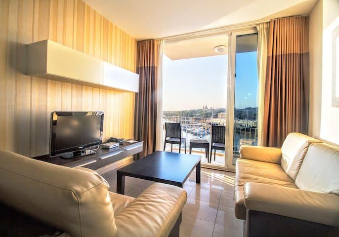 BBA265 THREE BEDROOM SEA VIEW APARTMENT - Il-Gżira - Apartment