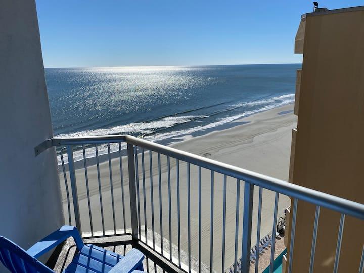 Amazing Ocean view studio in Sands Ocean Club