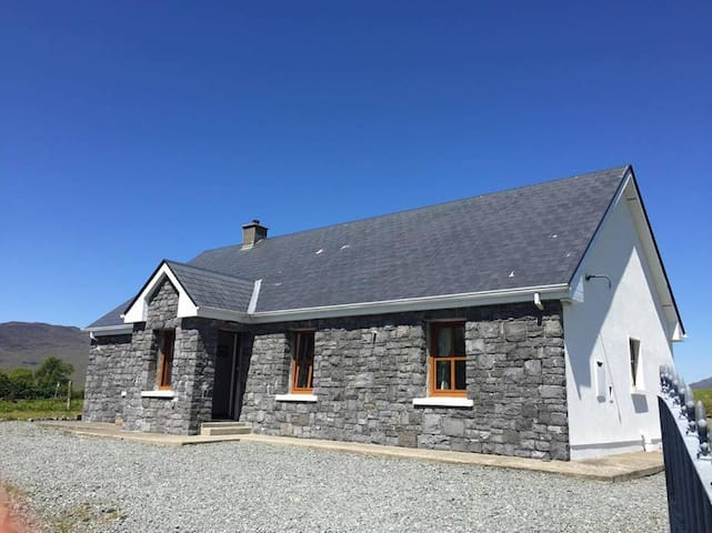 Mountain View, Kylemore - Rosscahill - Dom