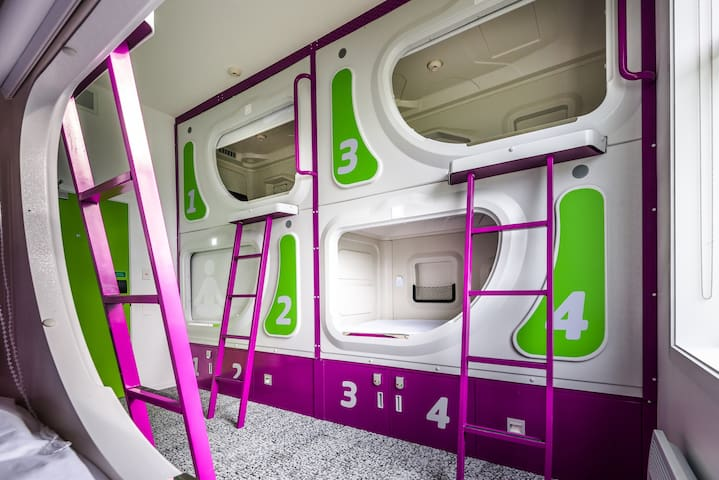 Stay in a POD @ Christchurch Airport!