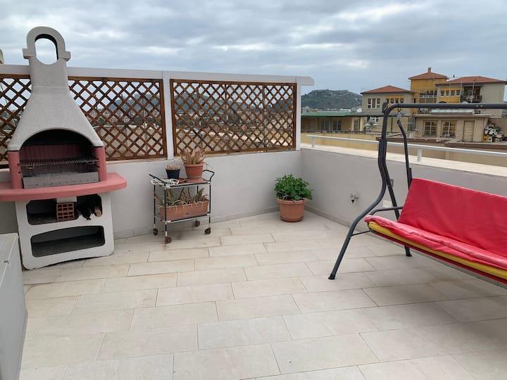 Nuovo attico con terrazza 5 minuti dal mare- Q2210