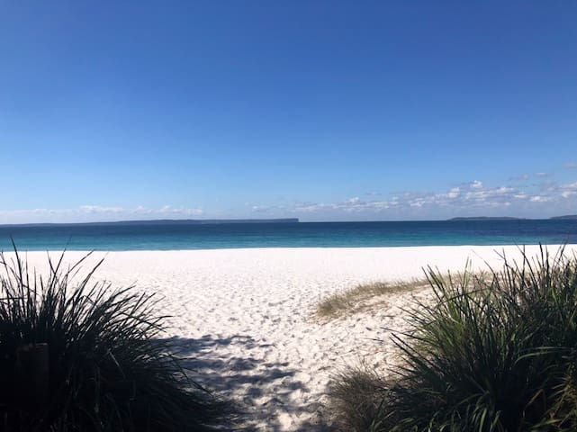 Barb's Bay Escape - in the heart of Jervis Bay