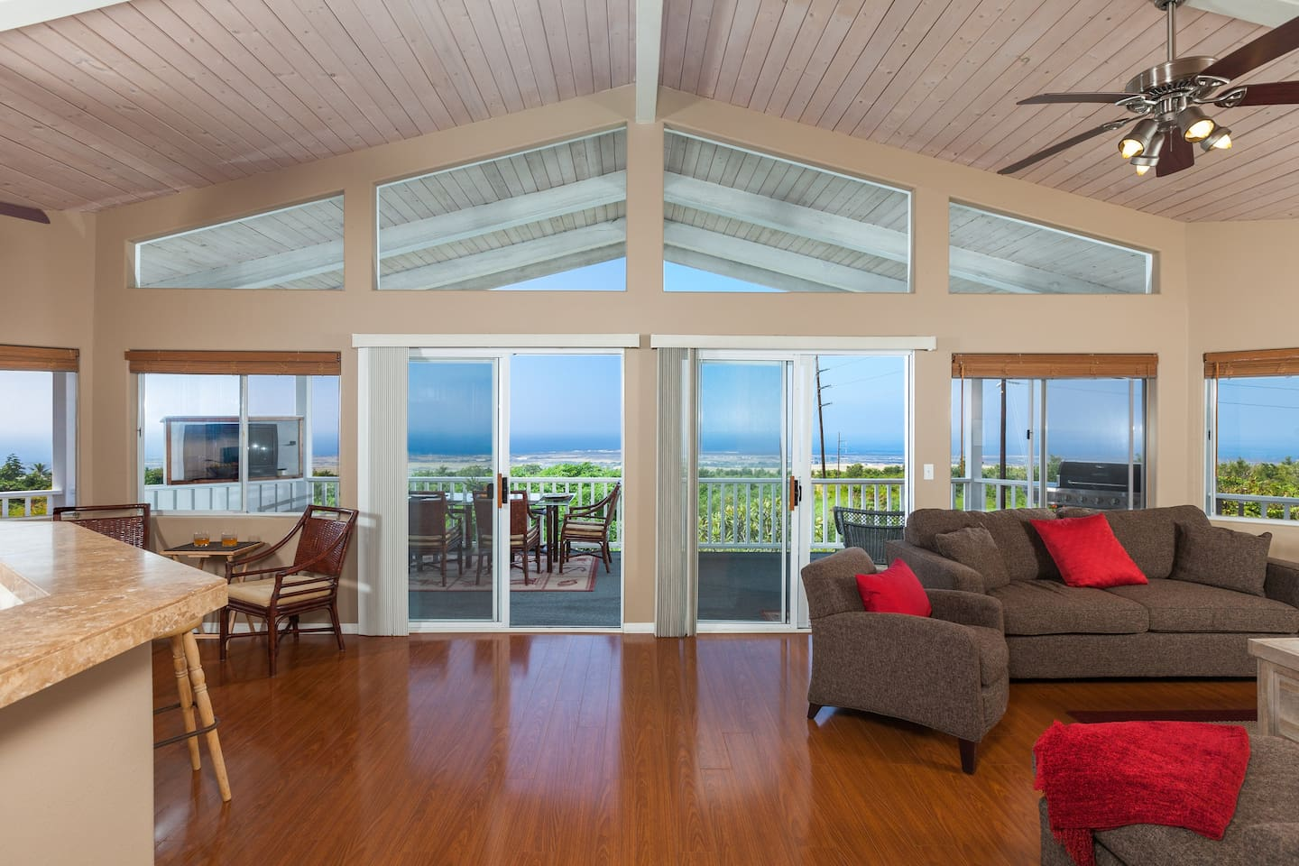 Welcome to your Hawaiian Vacation Home! Enter the living area...