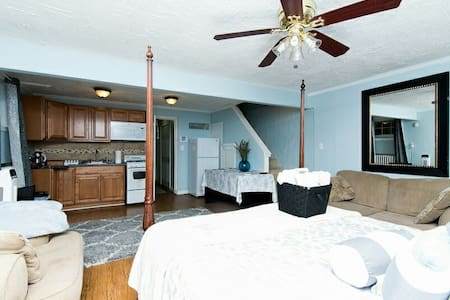 Studio Retreat/Near Metro/6 mi to Tourist Sites - Washington