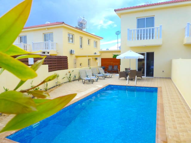 Nissi Golden Sands Villa 2 bed(25)