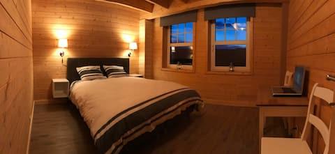 Chambre (a) cosy située à 2 km du circuit